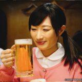 ワカコ酒season4 ビールを飲もうとするワカコ