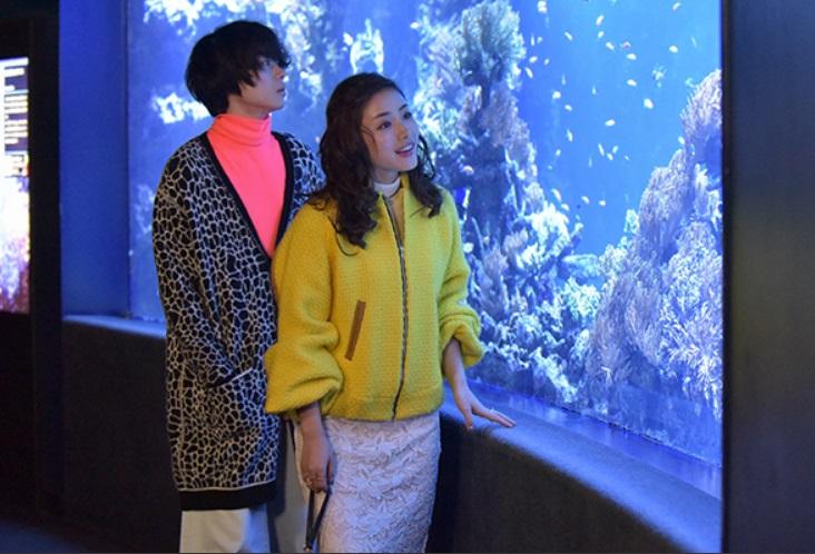 地味にスゴイ! 校閲ガール・河野悦子 水族館を楽しむ幸人と悦子