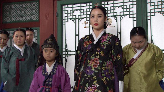 花たちの戦い 宮廷残酷史 子供とともに王妃を待つヤムジョン